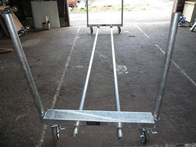 長尺物を安全に運搬するためには
